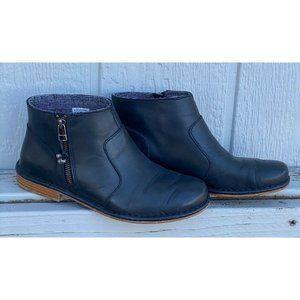 Olukai Kaona Black Leather Zip Up Ankle Boots Sz 8